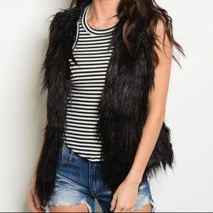H&M Faux Fur Vest! ❤️